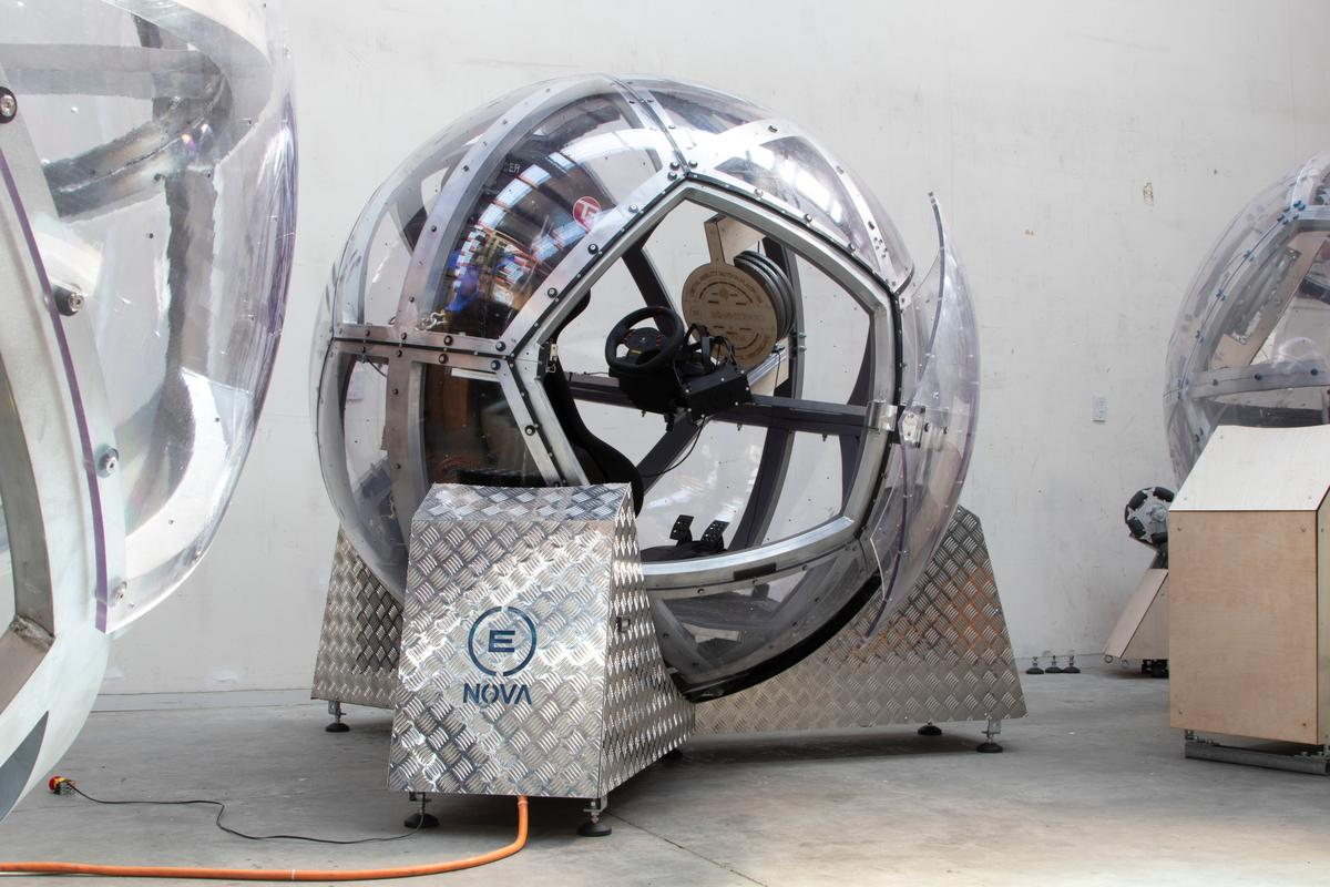 The ball is completely isolated, with its own battery system and VR computer, and is driven by Omniwheels in the base