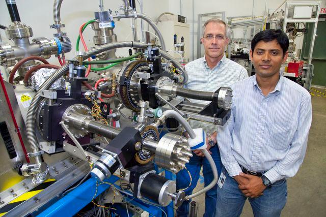 Jeff Kortright and Sujoy Roy (right) from Berkeley Lab - that thing in front of them is NOT what would go in your fridge
