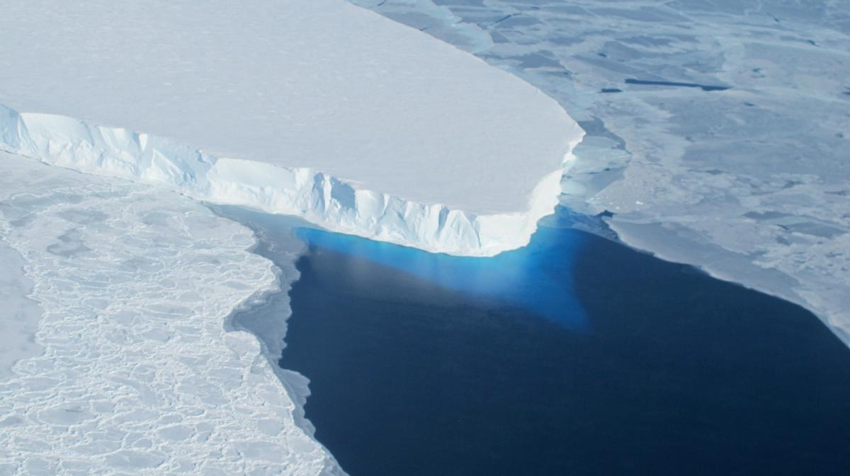 Thwaites Glacier in West Antarctica is one of the placeshardesthit by ice loss