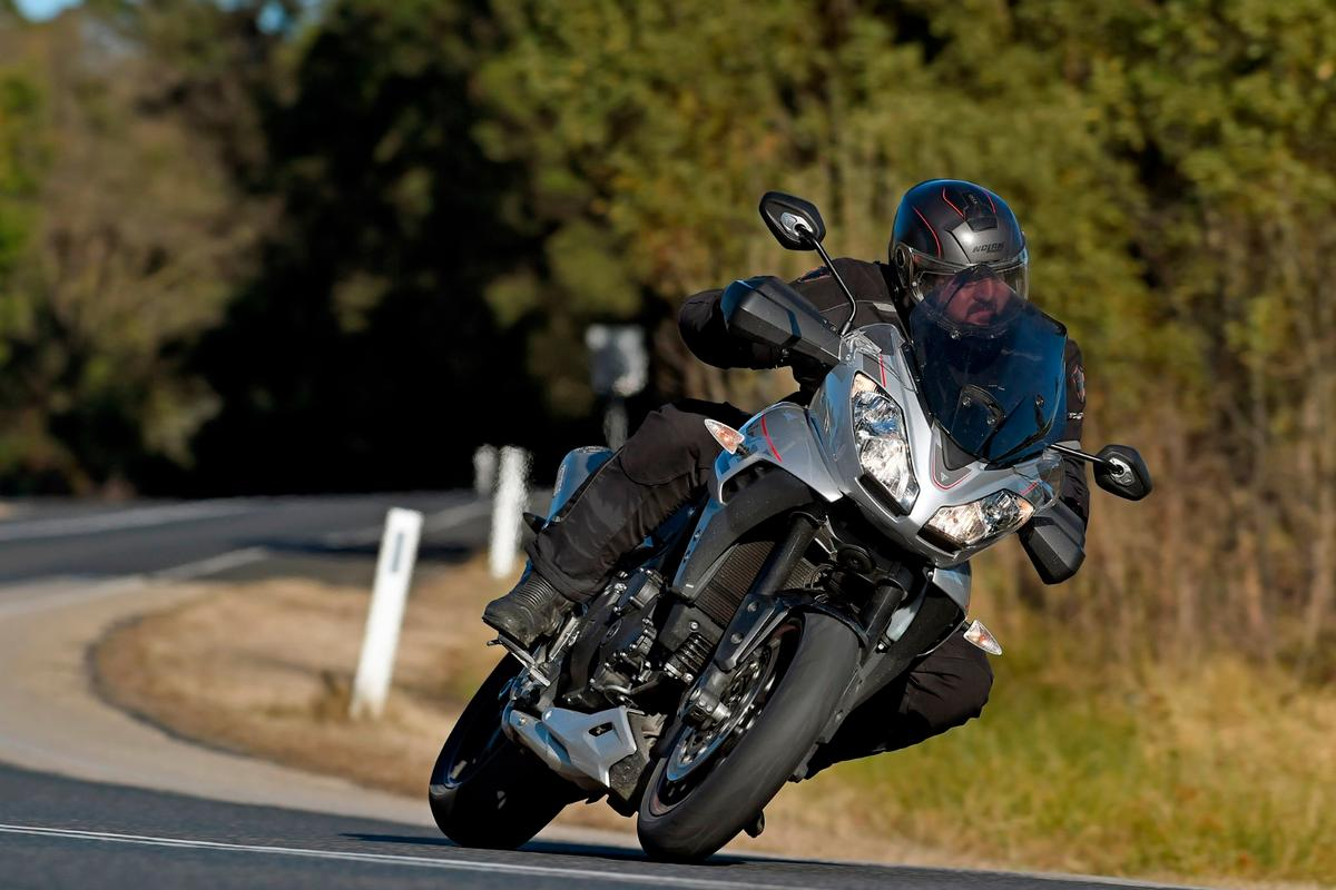 The2016Triumph Tiger Sport 1050 isamazingly relaxing to throw through tight twisties and fast sweepers alike