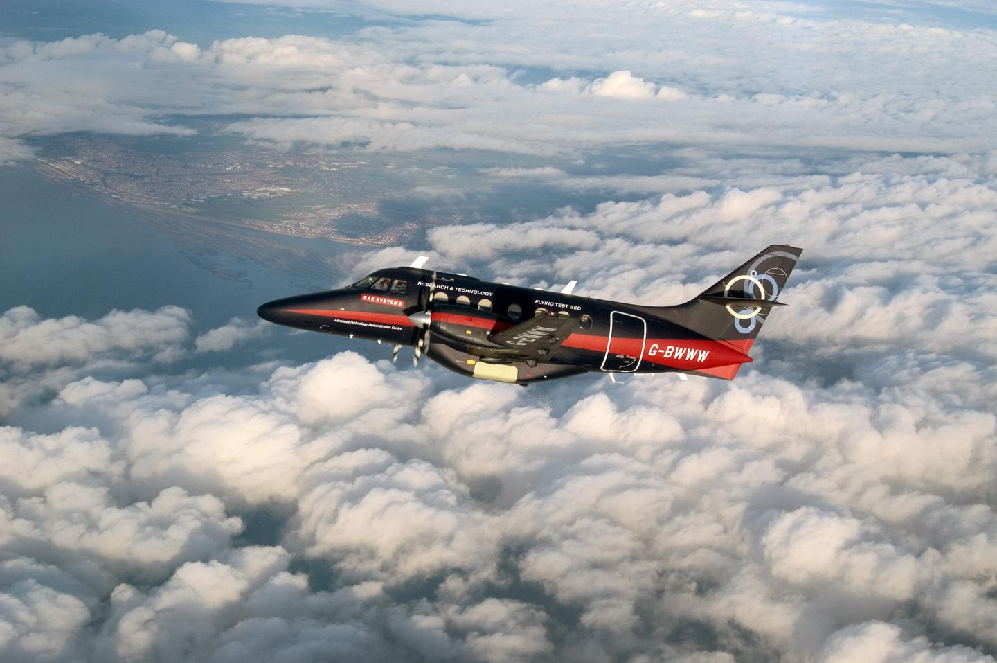 The modified Jetstream flew 500 miles (800 km) under ground supervision