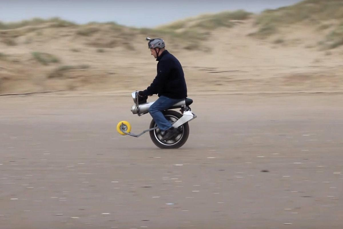 John Dingley hasn't yet ridden his Mega Hub Motor Electric Unicycle at full power