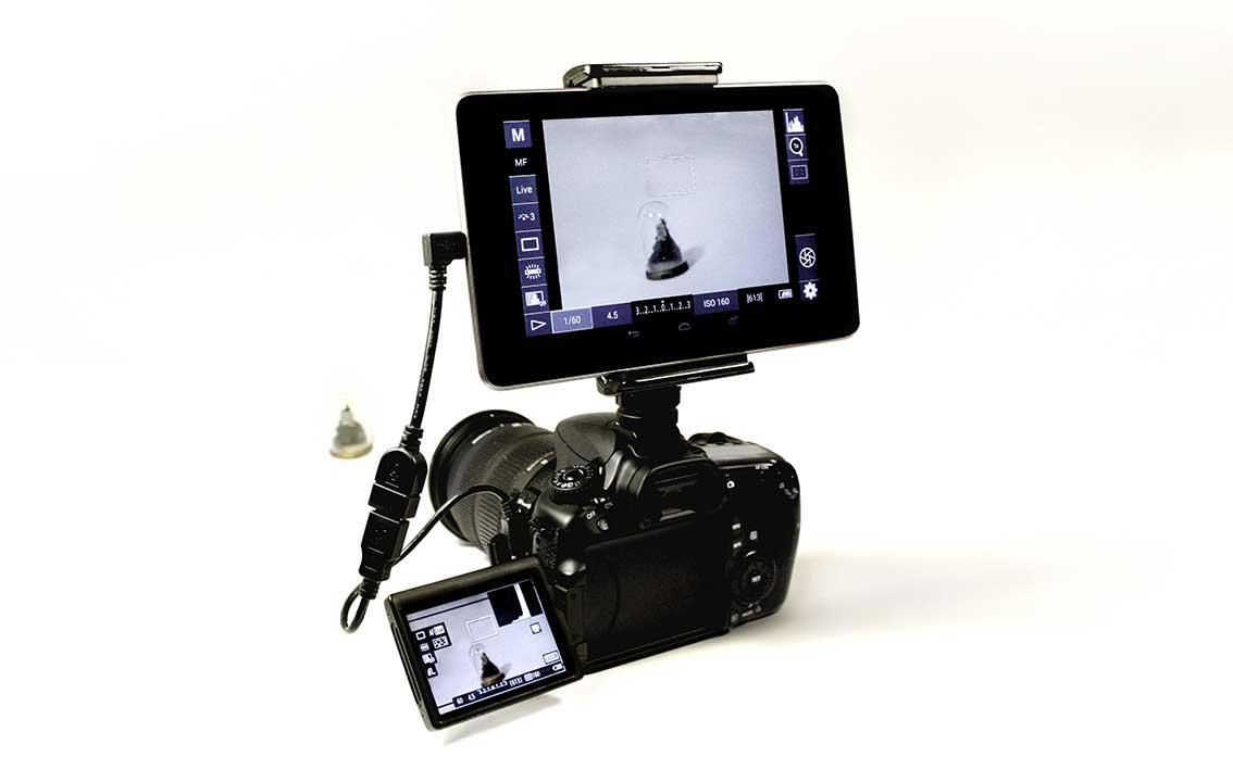 With the Camlet Mount you can interact with the controls on your camera through your phone or tablet's touchscreen