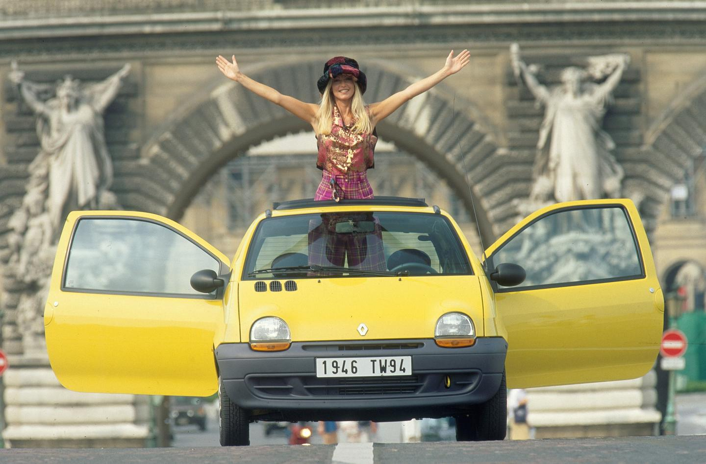 Renault is marking the launch of the new Twingo with a new advertising campaign