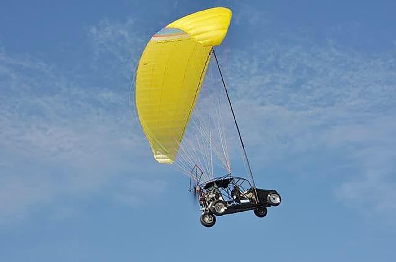 The Maverick: a simple, practical flying car design