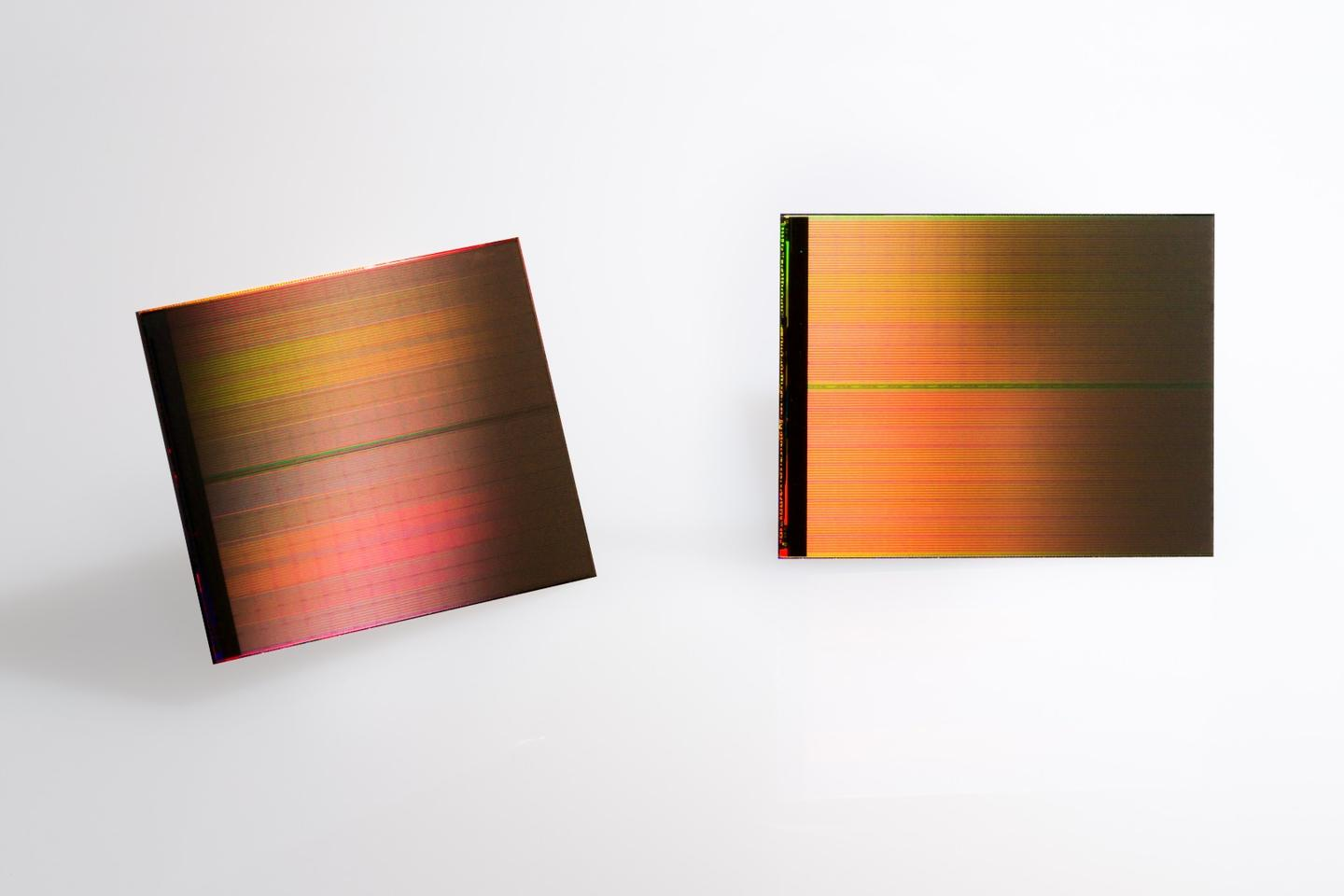 3D Xpoint technology is up to 1000x faster than NAND and an individual die can store 128Gb of data