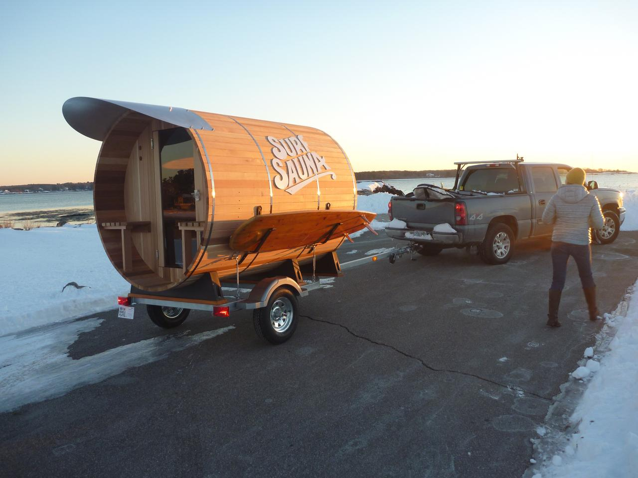 The wood used for construction is hard-wearing rot-resistant Western Red Cedar wood (Photo: Surf Sauna)