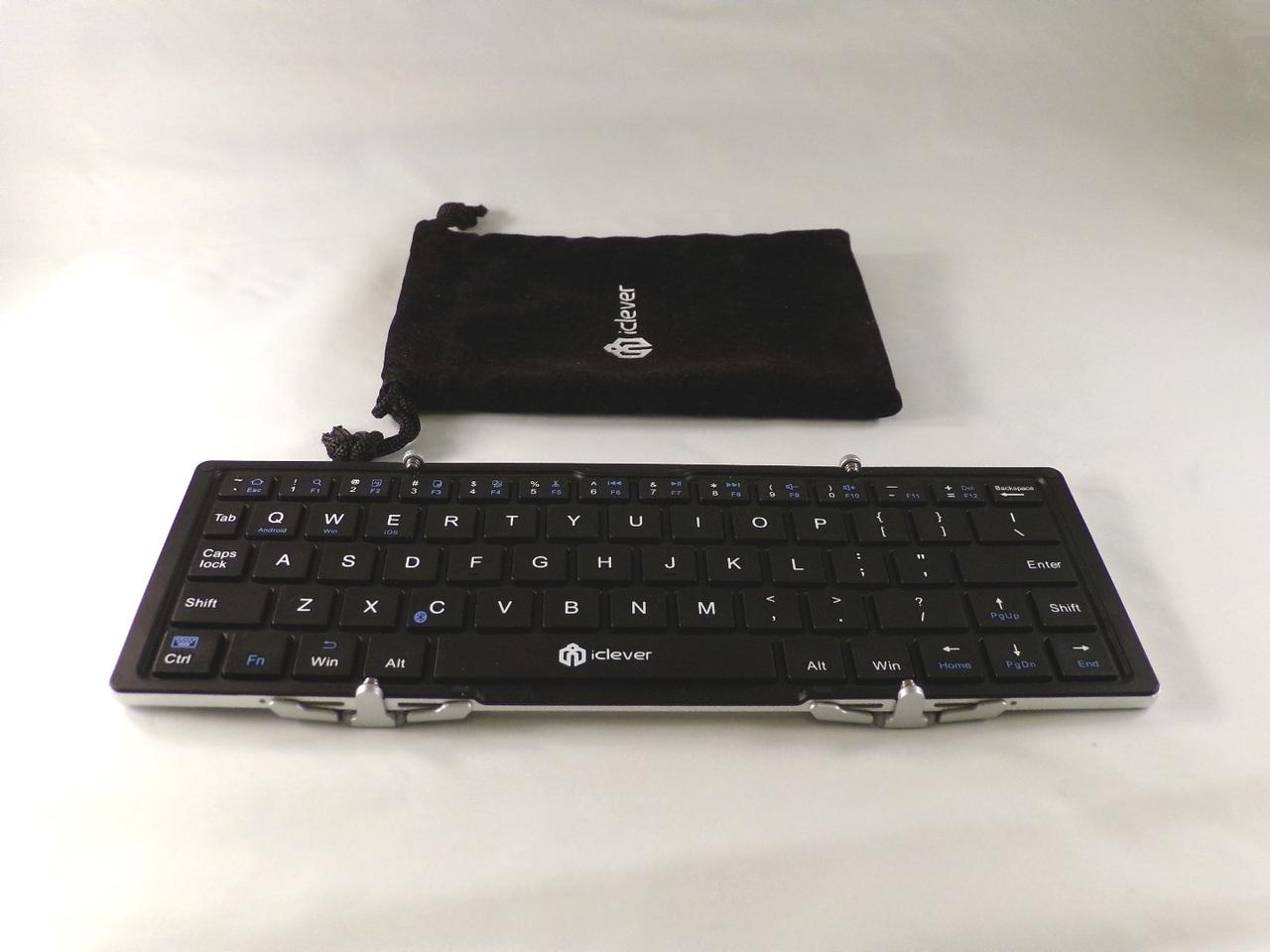 The iClever IC-BK 03 keyboard comes with a plush cloth carry case