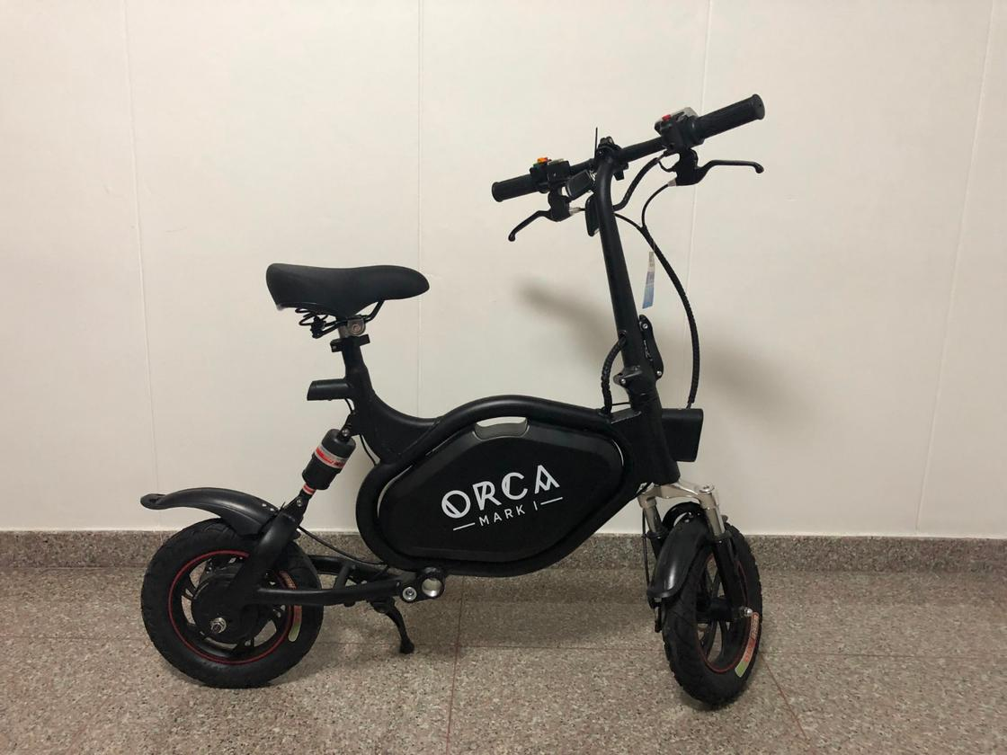 The Orca Mark I electric scooter can roll for up to 60 km between charges