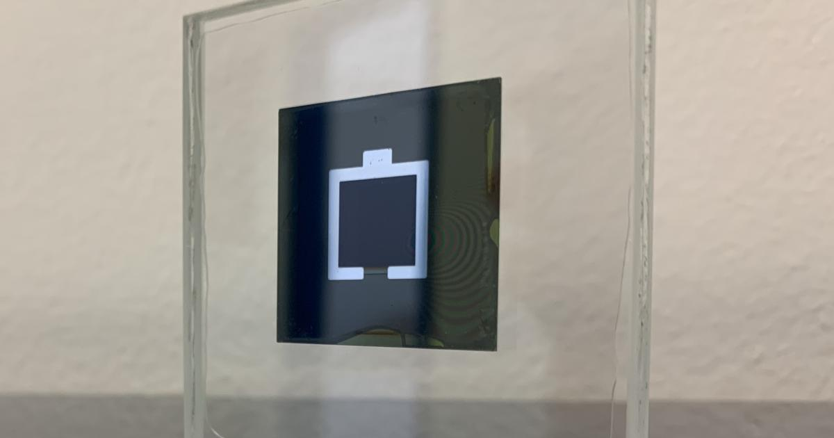 New silicon/perovskite solar cell world record nears 30% efficiency