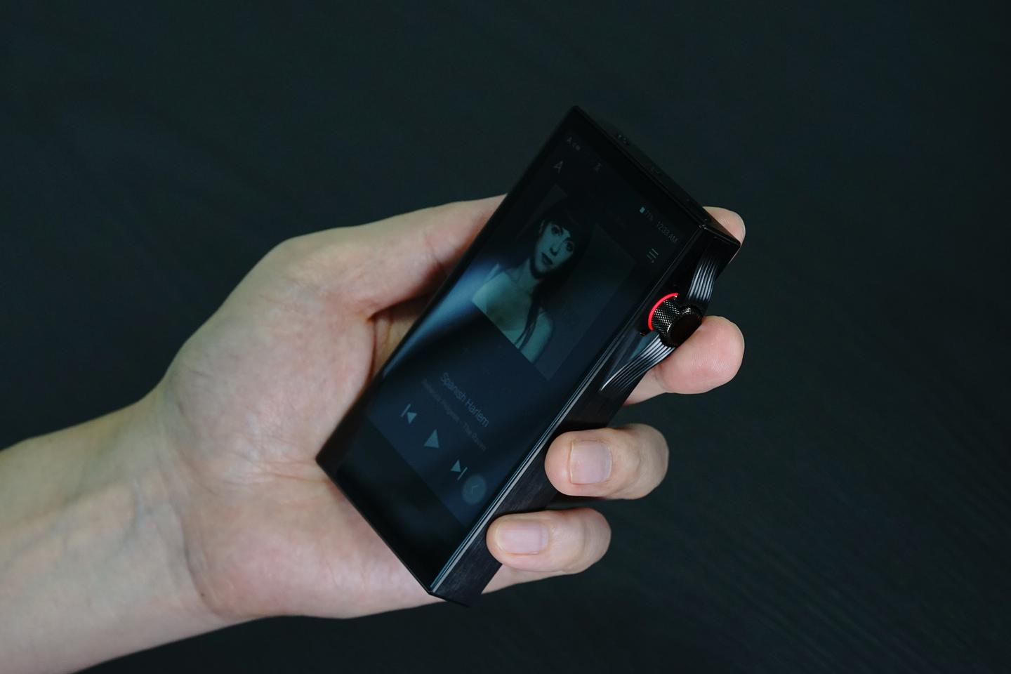 The SA700 portable music player features a 4.1-inch touchscreen and new user interface
