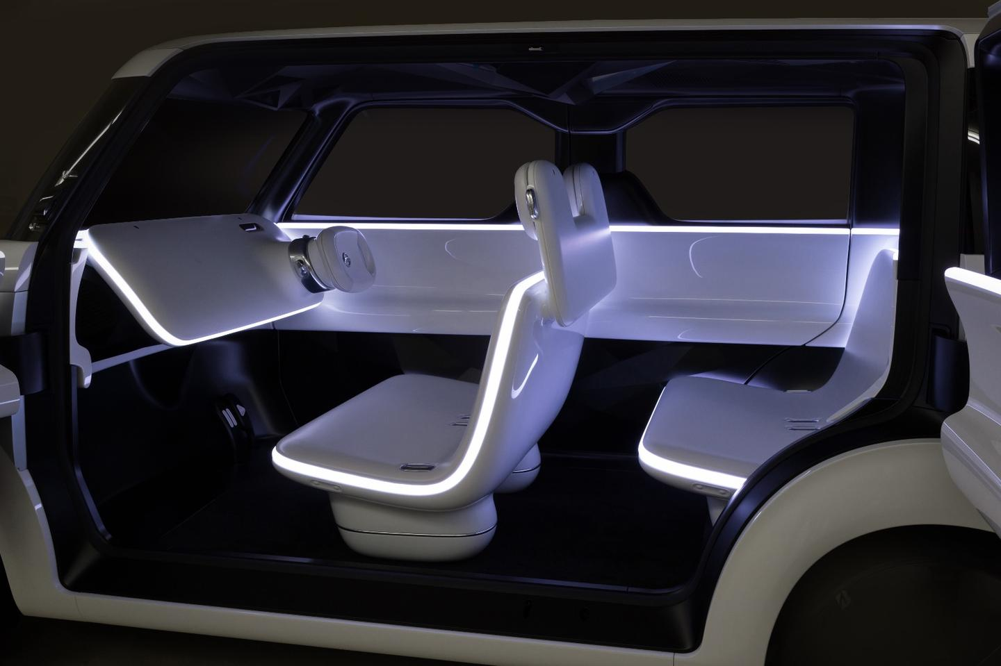 Nissan gives a first look at its Teatro for Dayz concept