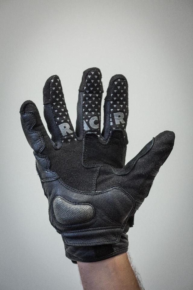Racer Mickey gloves: Clarino faux leather palm