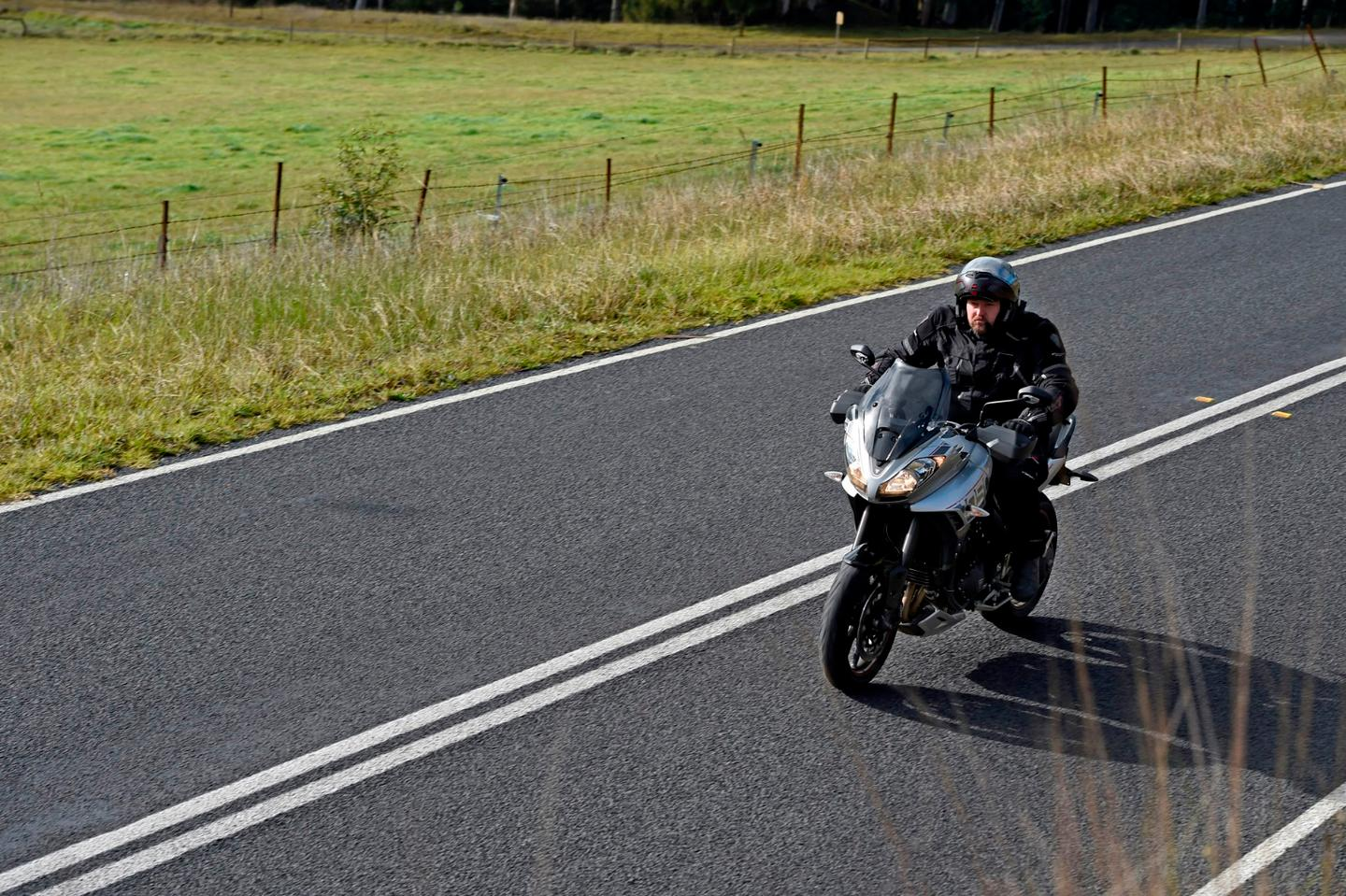 2016 Triumph Tiger Sport 1050: effortless speed, power and refinement