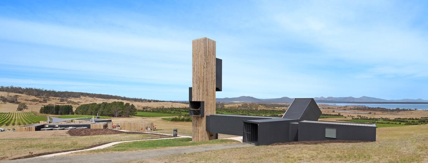 Devil's Corner is a wine shop and market with a lookout point situated on Tasmania's east coast