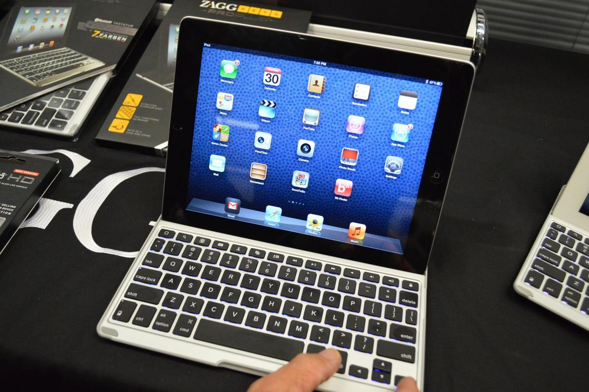 ZAGG has revealed two keyboards for the iPad at IFA 2012, including one with a backlight that changes up to 8 different colors