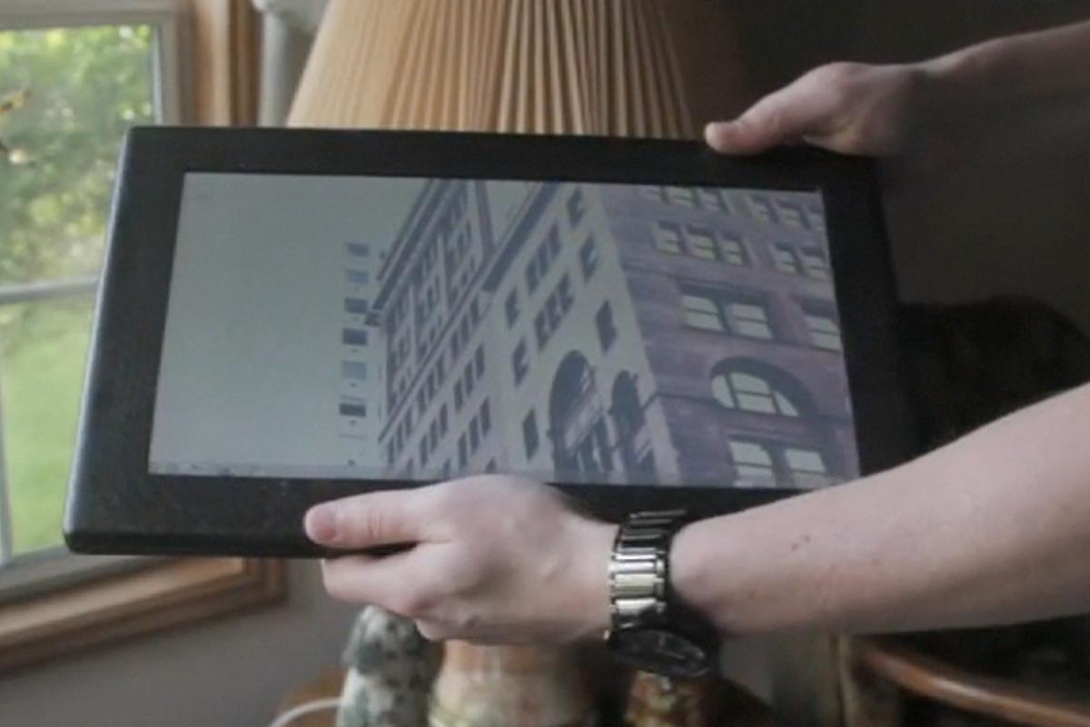 Justin Campana's home-built Carbon Tablet with 13.4 inch resistive touchscreen display, Windows 7 and Intel's 1.6GHz Atom Z530 processor