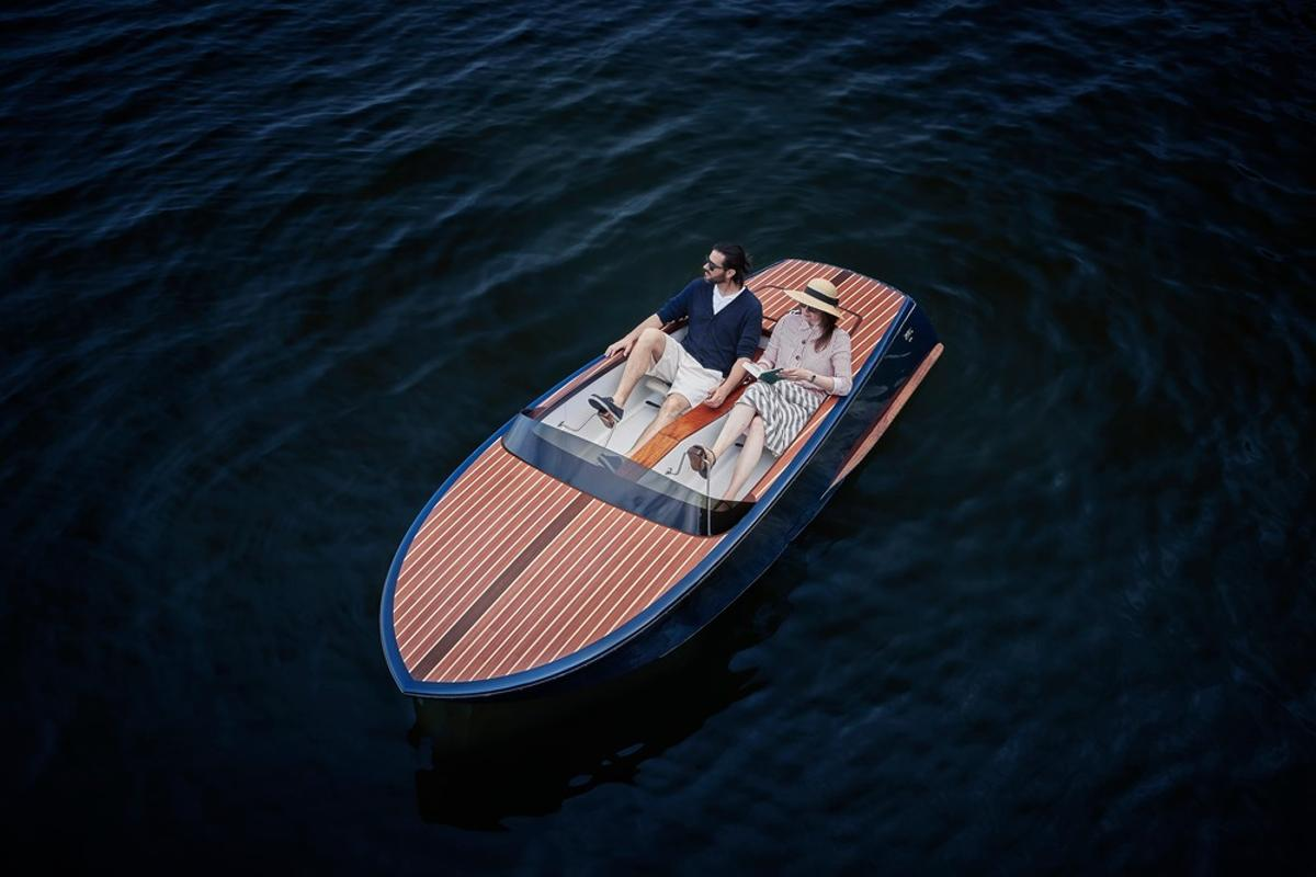 The Beau Lake Runabout turns an ugly fiberglass duckling into an elegant swan