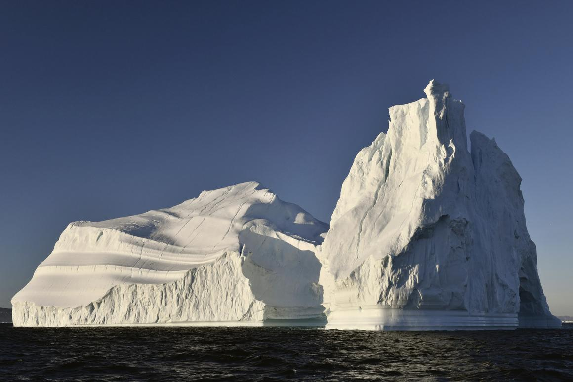 A 26-year study shows that ice loss in the Greenland Ice Sheet has accelerated since the 1990s