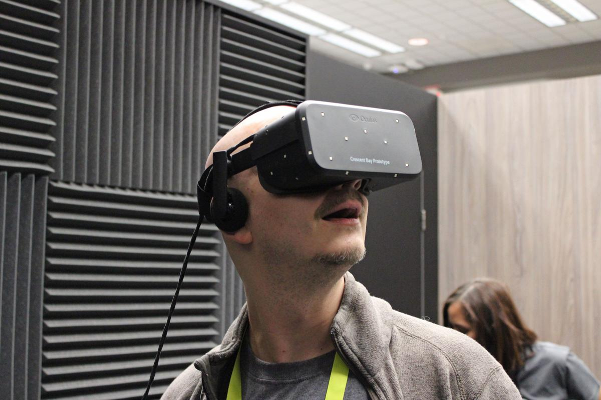 CES 2015 is full of VR wannabes, but Oculus VR is the innovator that started this craze of followers (Photo: Will Shanklin/Gizmag.com)