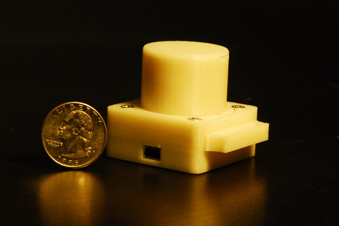The prototype for the compact, lightweight lensless microscope developed at UCLA (Image: Ozcan Research Group @ UCLA)