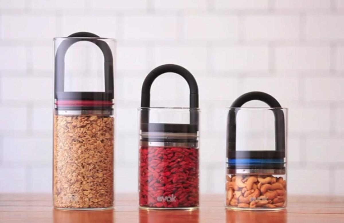 The EVAK food storage system removes all of the air from the jar thanks to a twin-valve lid