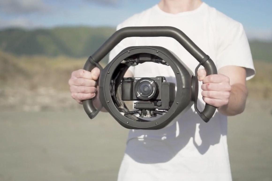 The Arculus Onyx is a 3-axis camera-stabilizing gimbal, but with a bit of a difference
