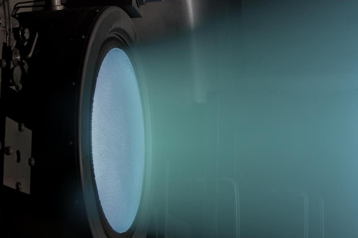 The NEXT ion thruster has run for 48,000 hours (Image: NASA Christopher J. Lynch (Photo: Wyle Information Systems, LLC))