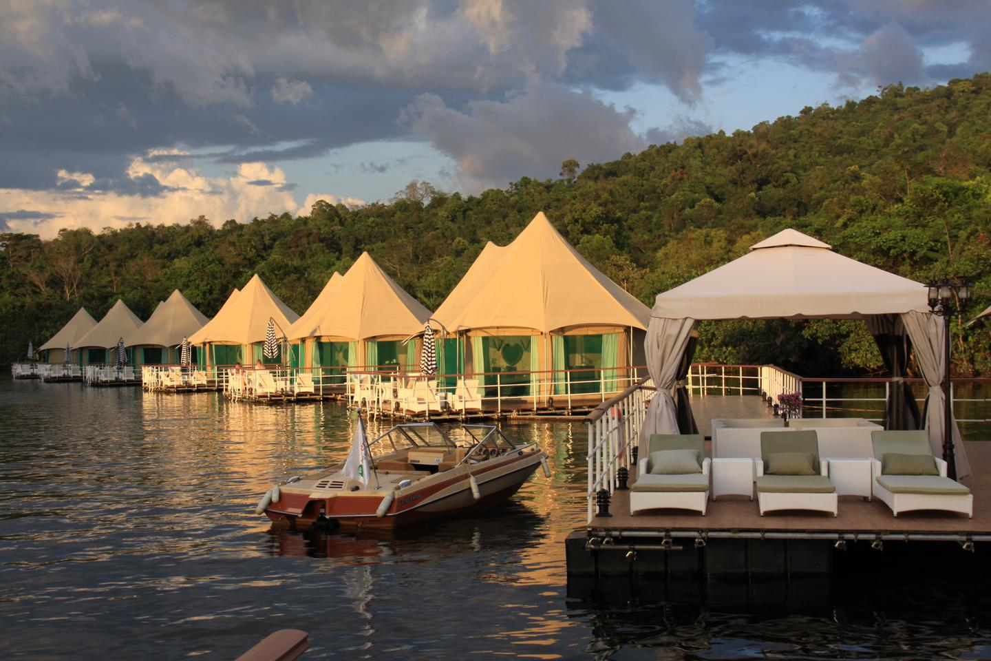 A series of 12 tents float on top the Tatai River