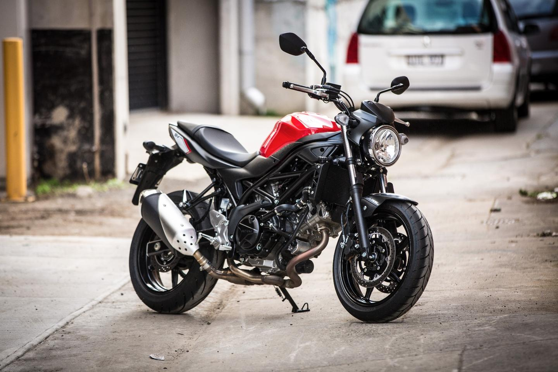 Suzuki SV650 vs SV650S motovlog review