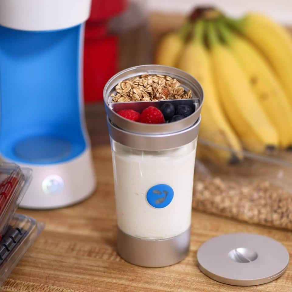 Yomee includes a lid that toppings can be stored in