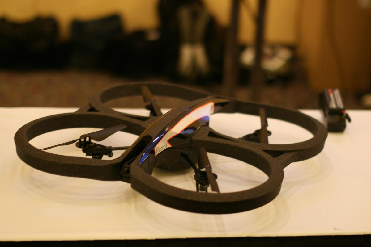 The camera on the AR.Drone 2.0 displays video at a 1280x720 resolution on your smartphone or tablet while you fly