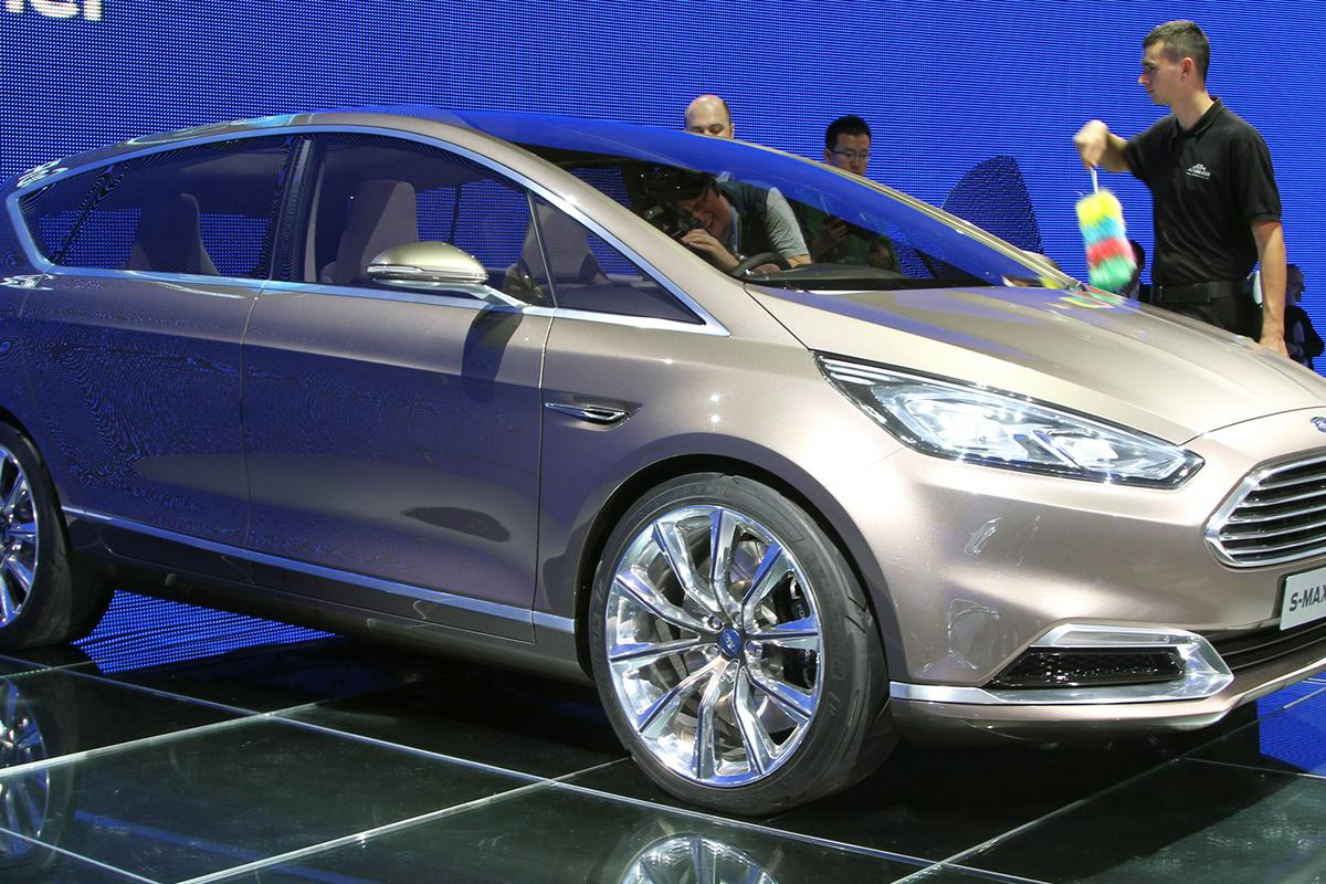 The Ford S-Max Concept can monitor the driver's heart rate