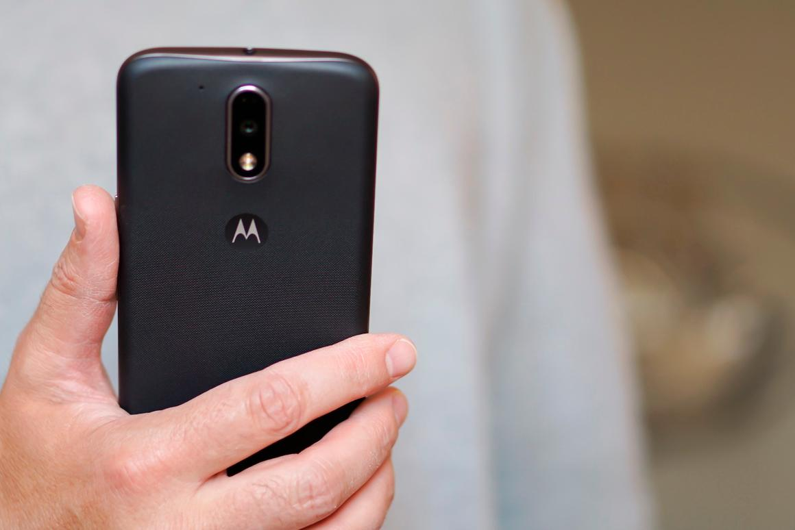 At what point does buying an expensive flagship no longer make sense?Motorola may challenge your thinking with the Moto G4 and G4 Plus