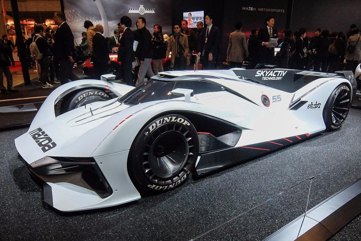 This Mazda LM55 attracted a great deal of attention at Auto Salon 2016, but sadly it is only drivable in Gran Turismo