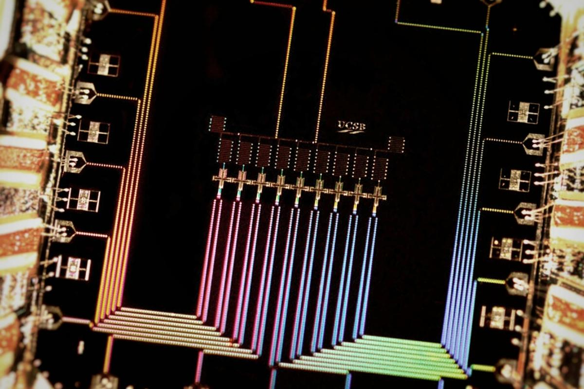 Physicists working at UC Santa Barbara claim to have created breakthrough quantum circuitry that checks and corrects its own errors (Photo: Julian Kelly/UC Santa Barbara)