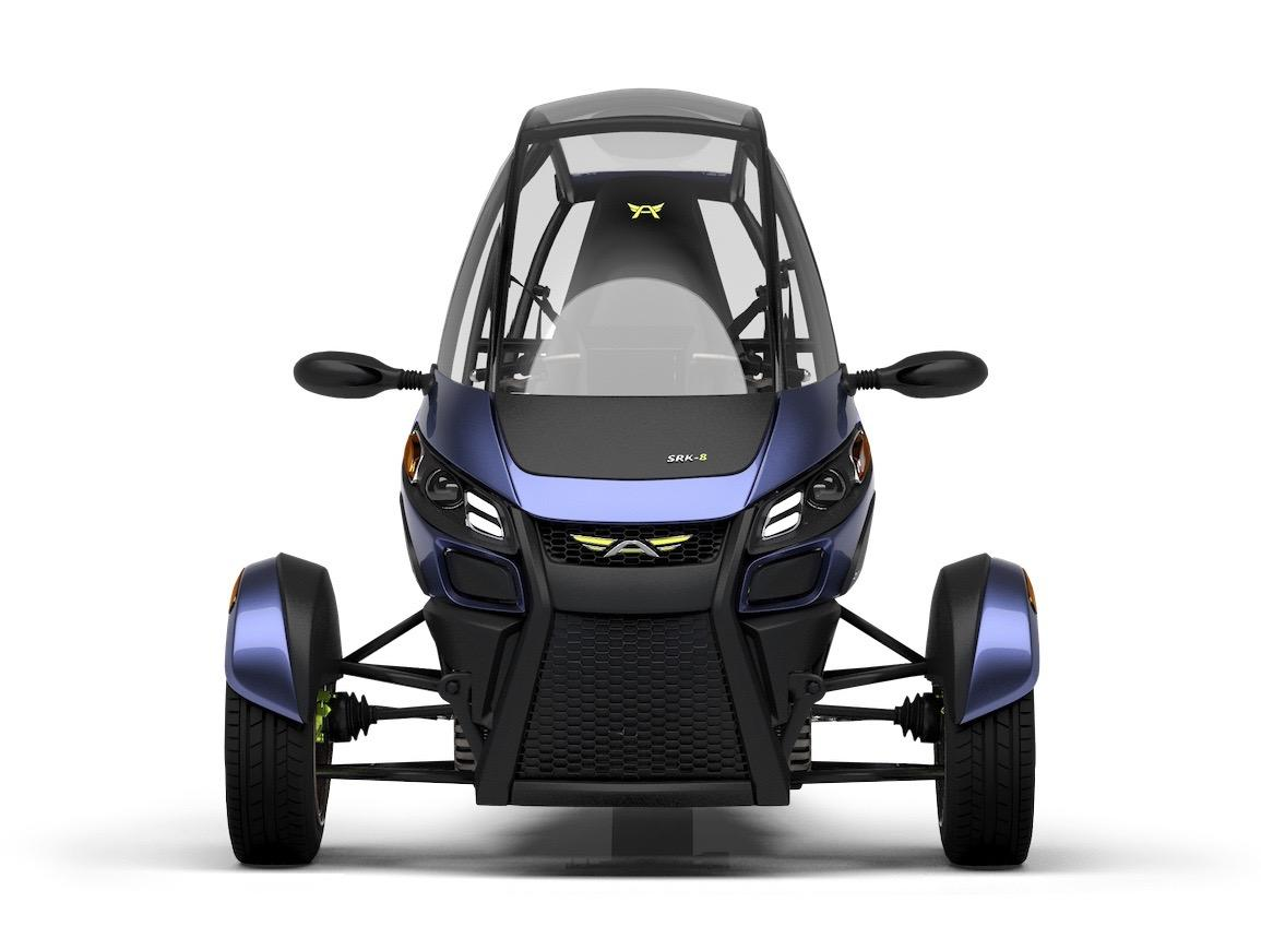 The SRK reportedly gets an estimated 230 MPGe (1 l/100km equivalent), can go from 0 to 60 mph (97 km/h) in 7.5 seconds, and has a top speed of 85 mph (137 km/h)
