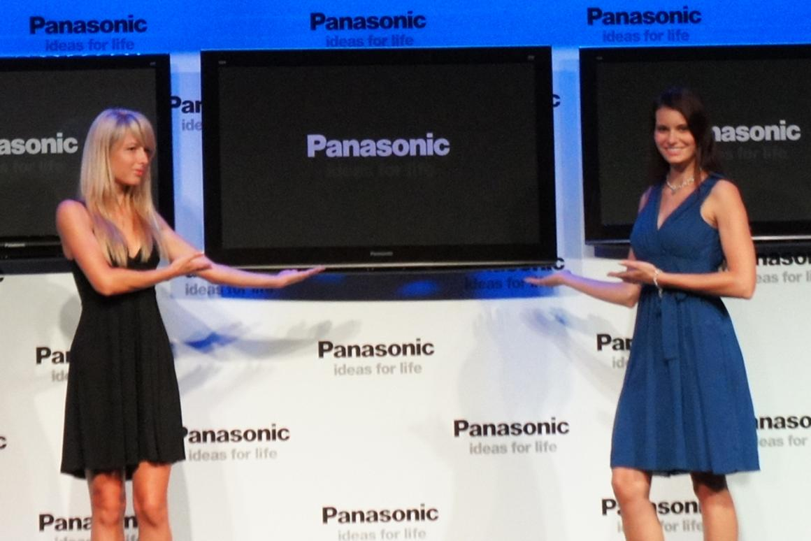 Panasonic unveils its world first 42-inch 3D plasma TVs at IFA 2010