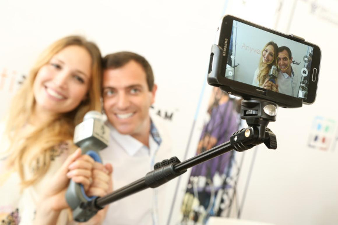The SoloCam combines a selfie stick, handheld mic and an app that includes a teleprompter function