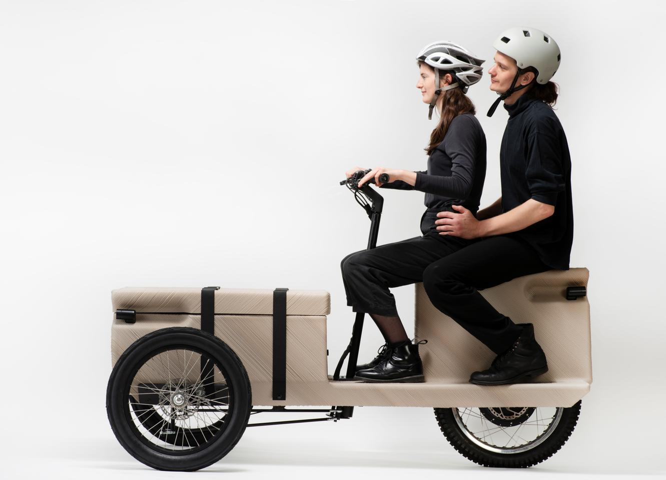 The ZUV's chassis is 3D printed using plastic waste from supermarkets