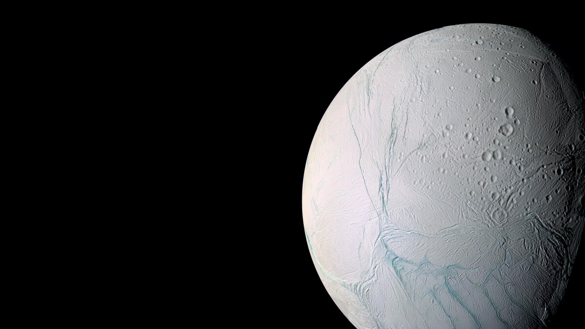 Origin of Enceladus' famous tiger stripes revealed in new study