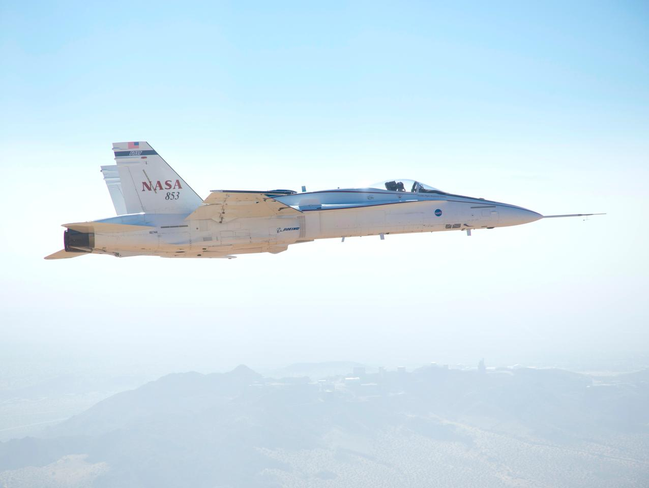 An F/A-18 research jet simulated various flight conditions to evaluate the new SLS flight control system (Source: NASA/Dryden)