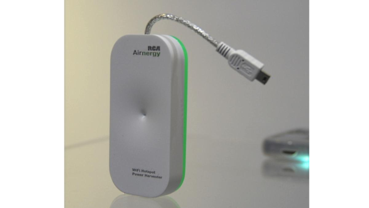 The RCA Airnergy harvests ambient WiFi energy to charge your gadgets (Photo: OhGizmo)