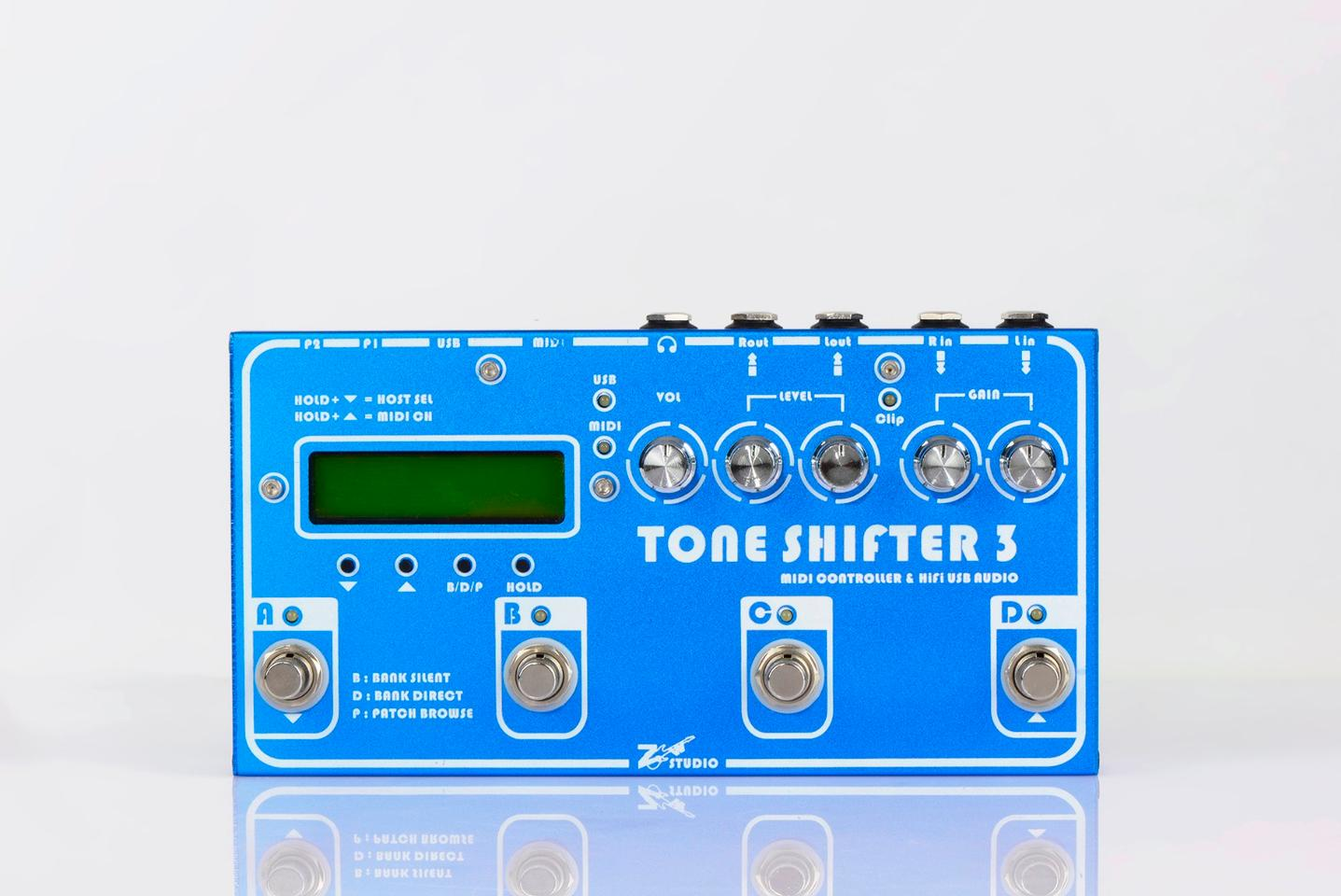 The Tone Shifter 3 has four footsiwtches up top, along with volume, level and gain knobs and a backlit LCD display and LED status lights