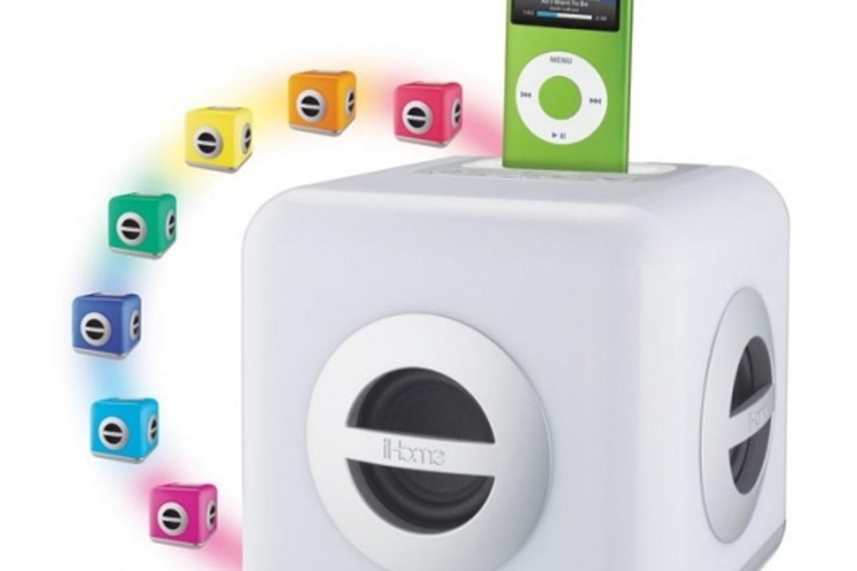 iHome iH15 color changing stereo