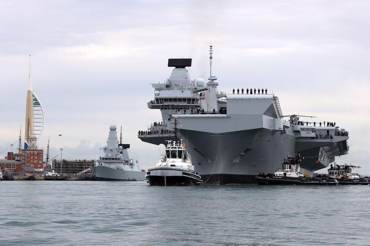 HMS Queen Elizabeth entered its homeport of Portsmouth for the first time this Wednesday
