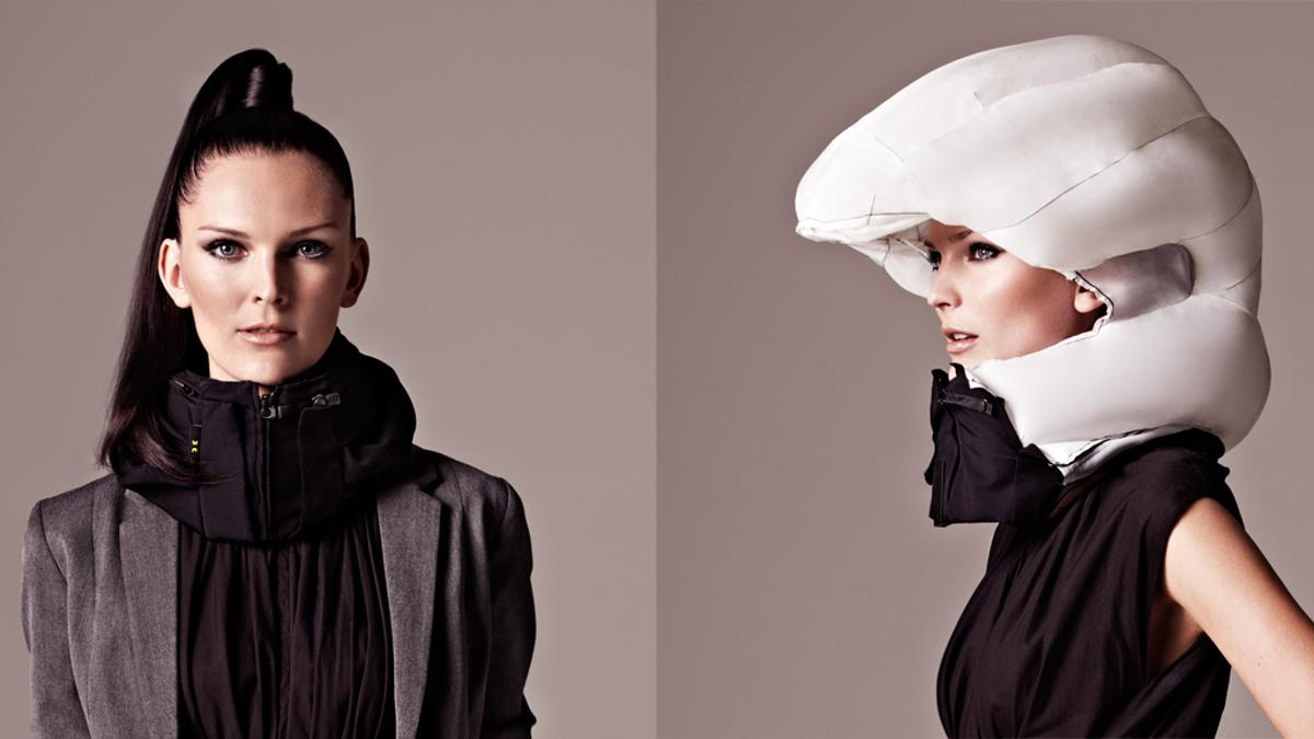 The Hovding airbag collar before and after inflation