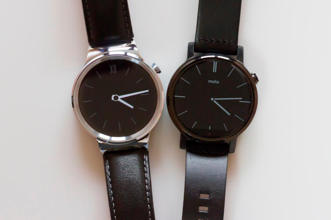 Gizmag goes hands-on to compare the Huawei Watch (left) and 2nd-gen Moto 360