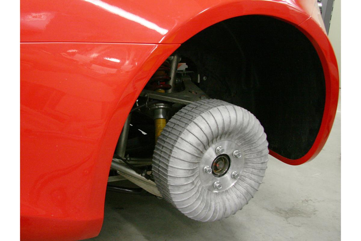 "The Fraunhofer wheel hub motor on the ""Frecc0"" demo vehicle (Image: Fraunhofer IFAM)"