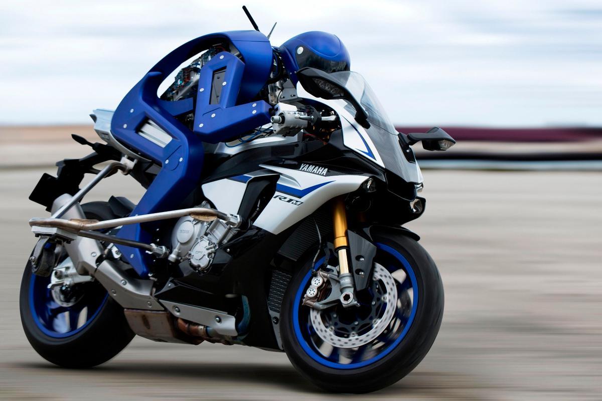 Yamaha's humanoid motorcycle-riding robot, Motobot